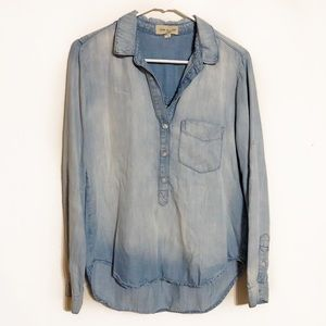 Anthropologie Cloth & Stone light chambray top
